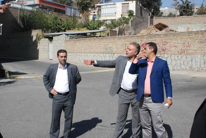 بازدید اعضای شورای شهر از پروژه های عمرانی