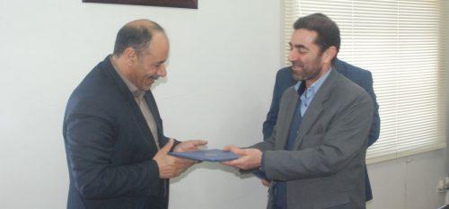 تقدیر اعضای شورای اسلامی شهر و شهردار رودهن از شرکت کشت و صنعت دام اصیل لار (هموطن )