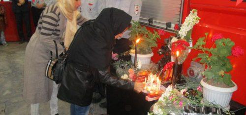 آئین همدردی با آتشنشانان حادثه پلاسکو در رودهن برگزار شد