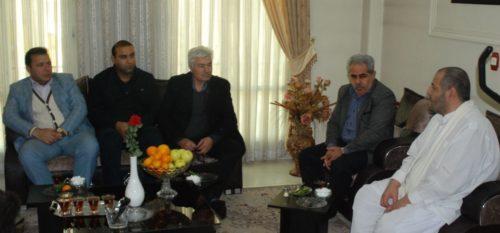 دیدار اعضای شورای اسلامی شهر و شهردار رودهن از خانواده های جانبازان و شهدا